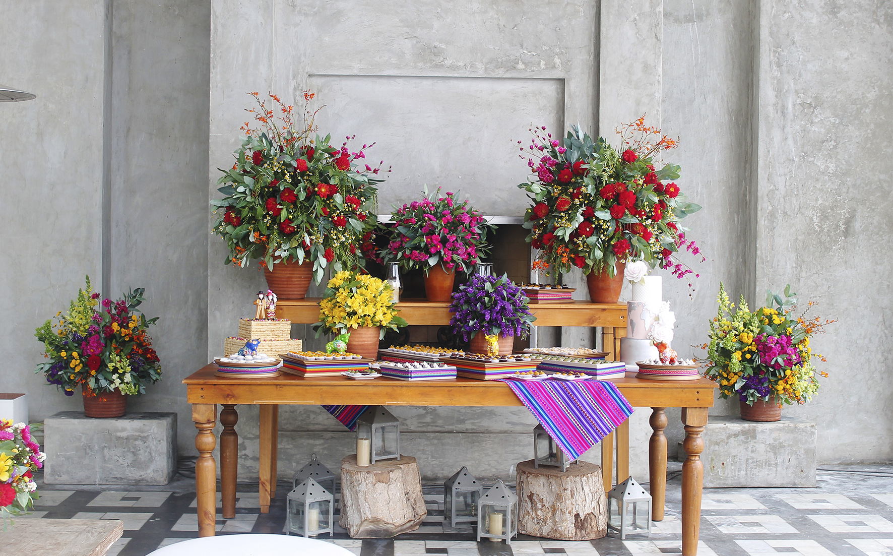 sweet table peruvian decoration