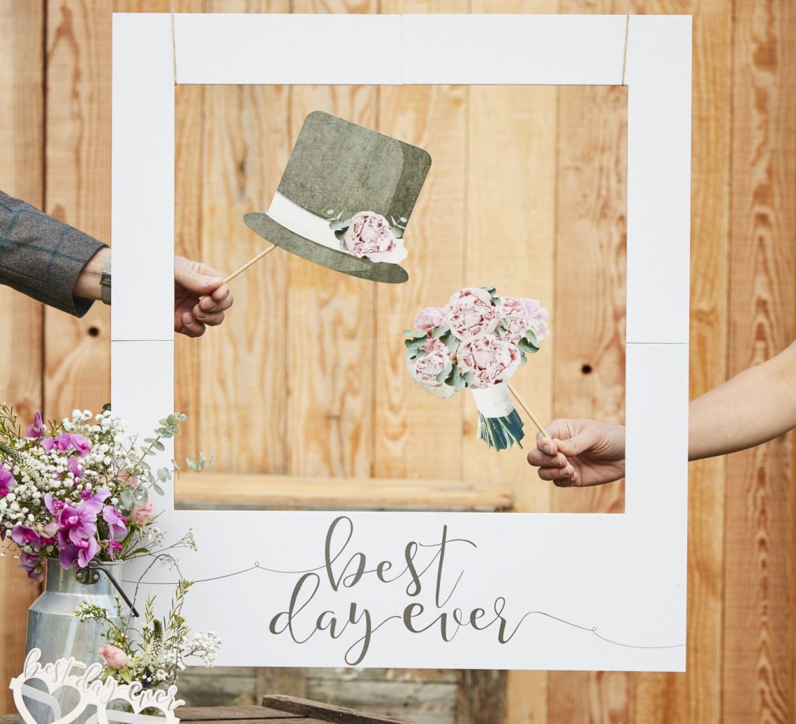 Photo booth wedding DIY
