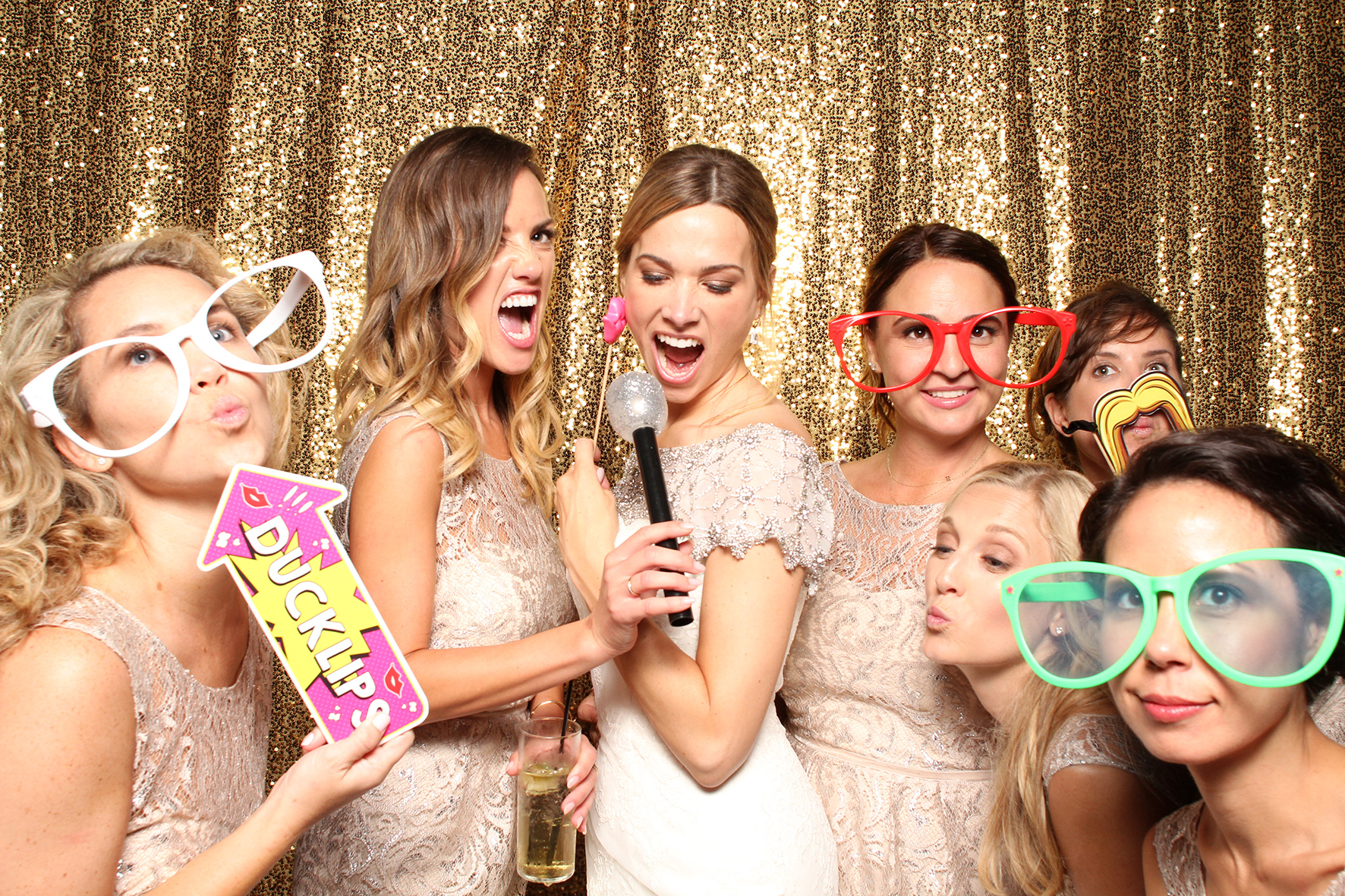 photobooth wedding background